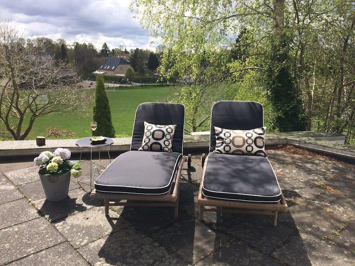 Private villa apartment with terrace close to CPH