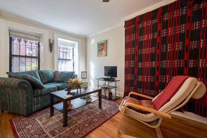Cozy Garden Apartment in Charming Park Slope