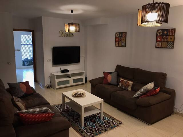 Big, cozy and sunny bungalow close to the beach - Gran Alacant