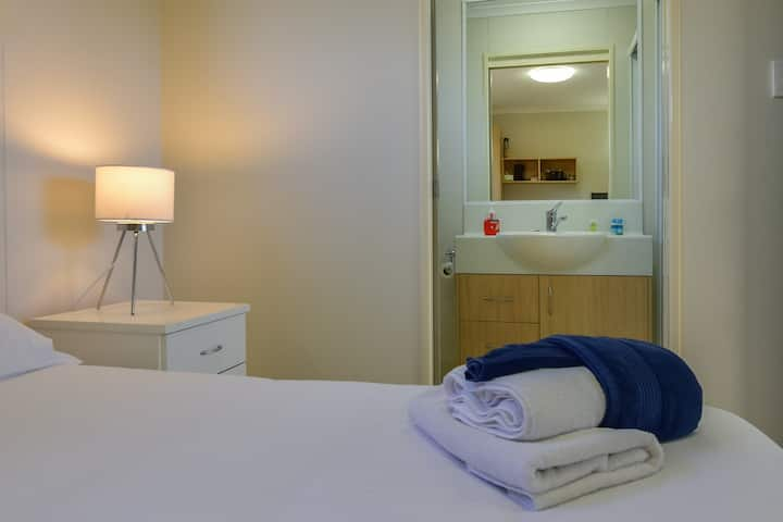 Lake Tyrrell Accommodation - Double Room 1