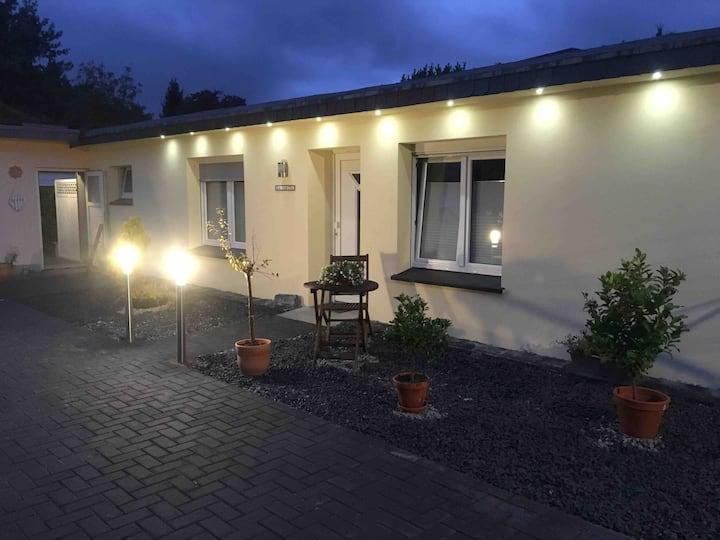 """""""La Casita"""" mit kleinem Garten und Terrasse"""