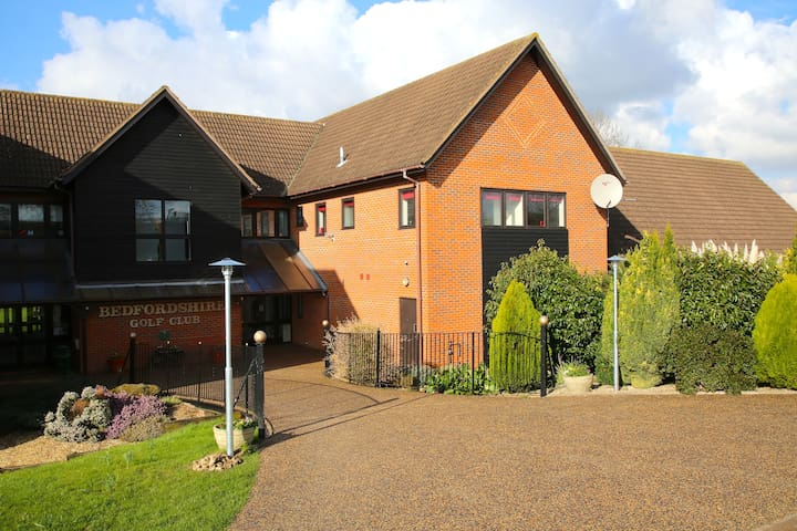 Serviced Apartment Bedford - Stagsden