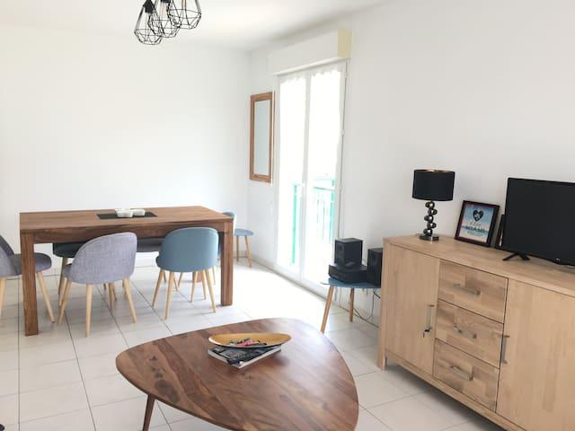 Nice : Appartement avec vue