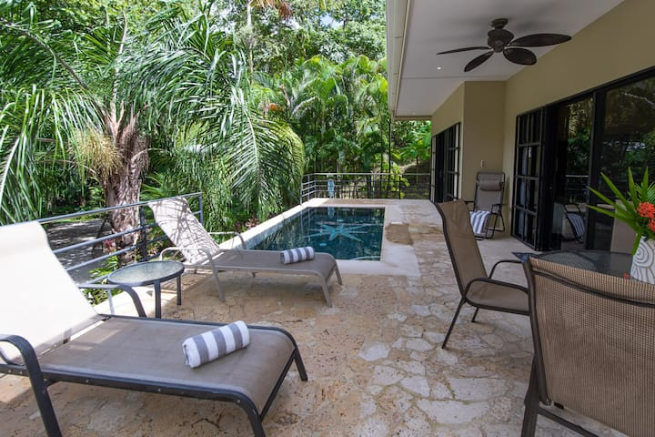 Four Winds #1, Secluded home, Walk to the Beach