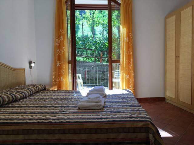 Immerso nel verde del Cilento - Azienda Agricola - Agropoli - Bed & Breakfast