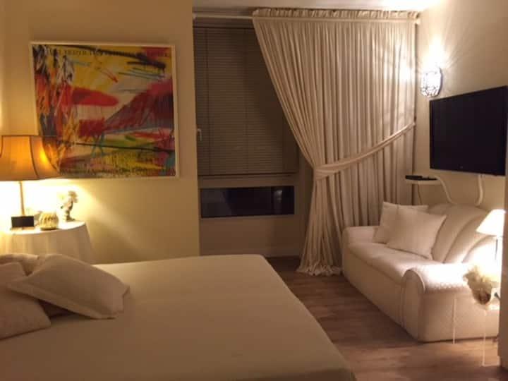 Top zentral: Großes Zimmer 1-2 Gäste privates Bad