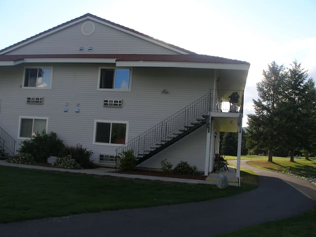 STONERIDGE GOLF CLUB FURNISHED CONDO! GREAT RATES! - Blanchard - Apartament