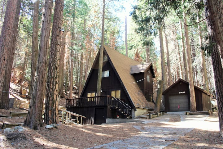 Alta Sierra A-Frame - Wofford Heights - Cottage