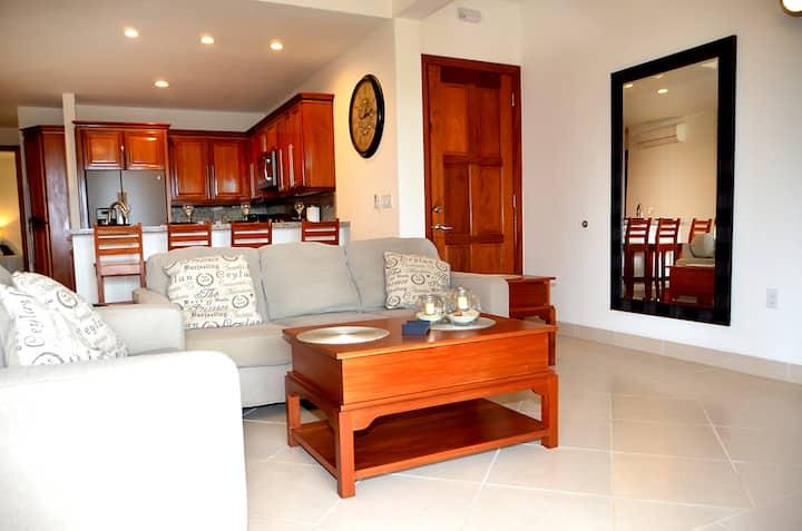 The Villas at Cocoplum, Casa deLala, Apartment 421