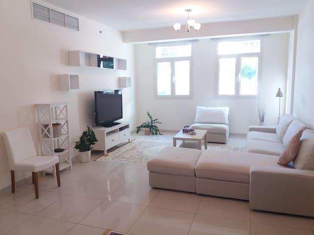 Fabulous cozy apartment in Al Furjan