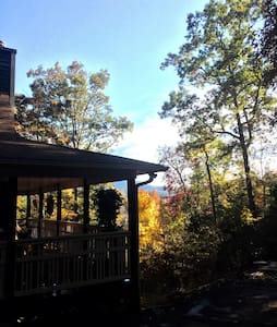 Mountain retreat w/lake access - Hiawasse  - Bed & Breakfast