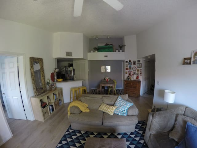 Cozy and amazing Home in Fort Lauderdale :) - Fort Lauderdale - Apartamento