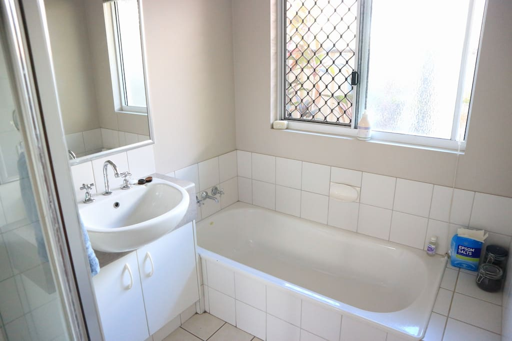 Bathtub in the main bathroom for a relaxing soak