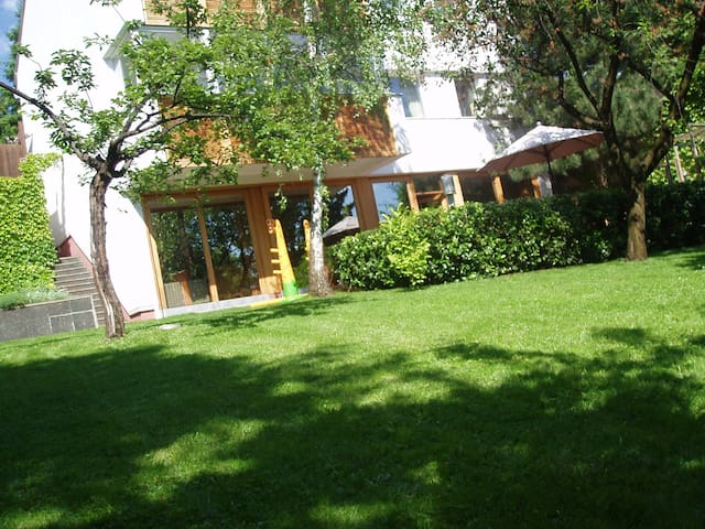 HEART OF SARAJEVO , COZY VILLA, QUAET PLACE - Sarajevo - Villa