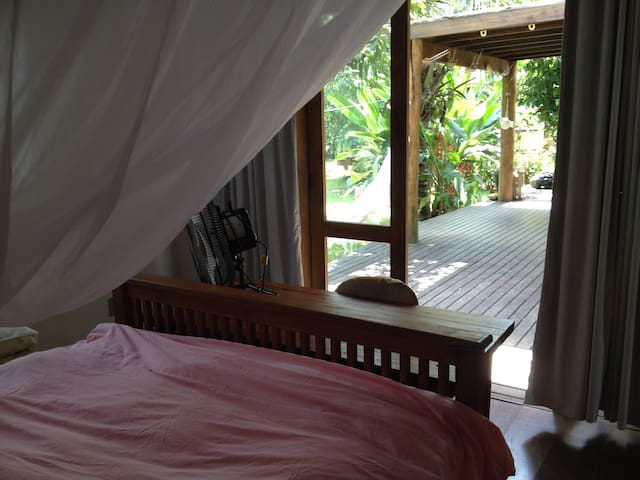 Charming room w/private bath, nr. historic Paraty