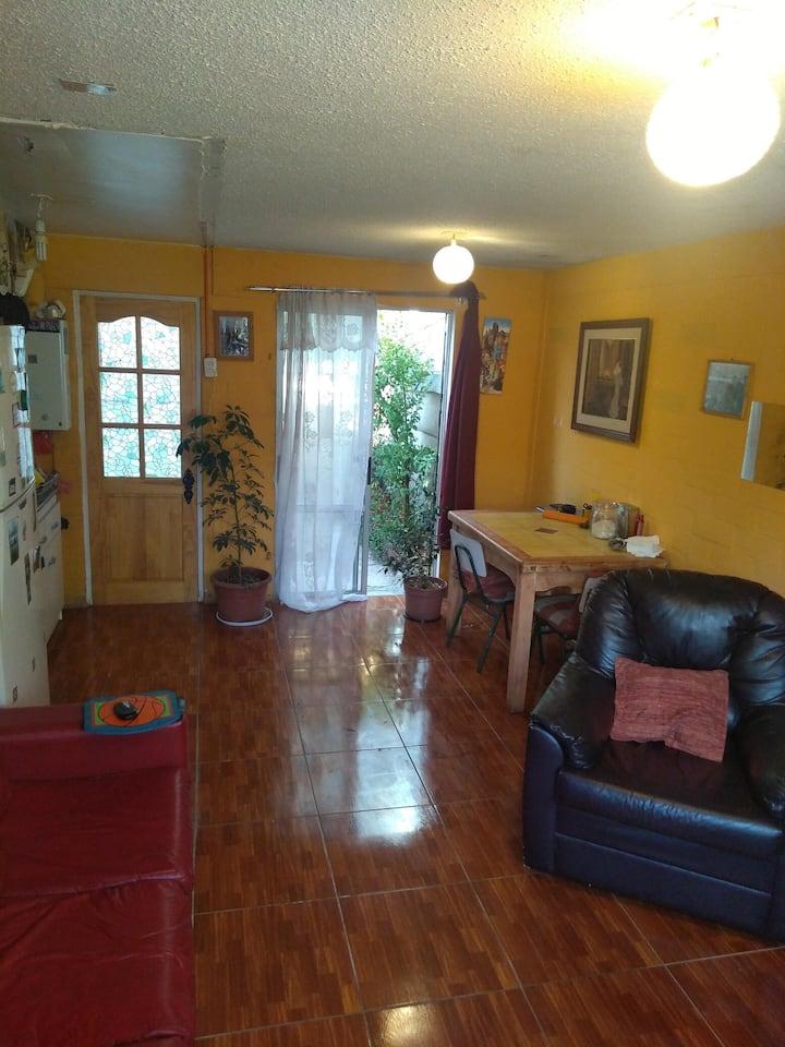 Grata y limpia habitación para 1 per (o 2 depende)