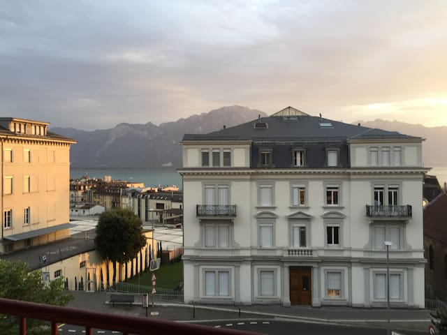Whole Appartement in Montreux with view on lake