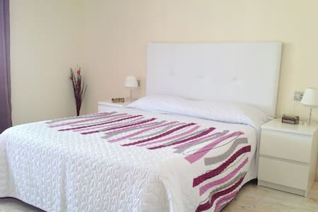 Mini suite with seaview in Los Gigantes - Leilighet