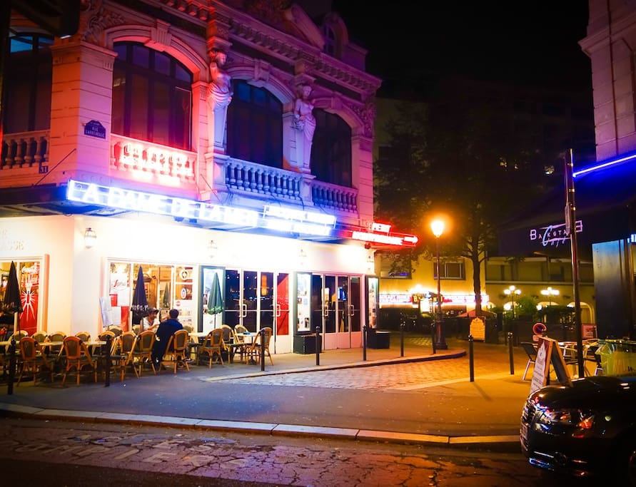 Exterior photo of our building just beside the famous theatre of Montparnasse. There are at least 5 theatres in our street alone.
