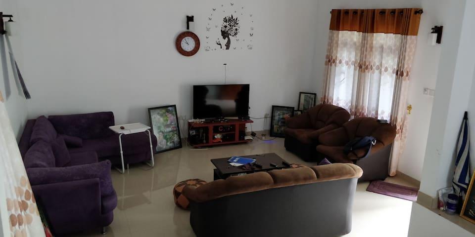 Piliyandala - Batuwandara- House in a calm place