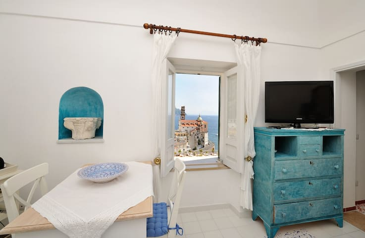 CharmingHouse-Atrani,AmalfitanCoast up to 4guest - Atrani - Huis