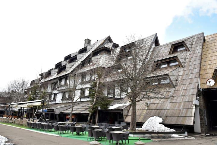 Central Location ❘ Exit Apartments ❘ Kopaonik ❥
