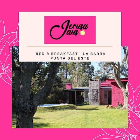 Jerusa Jaus B&B - (Habitación compartida para 6)