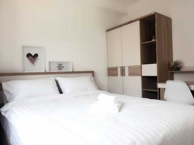Chicroom310 &Two Bedrooms /Travel location