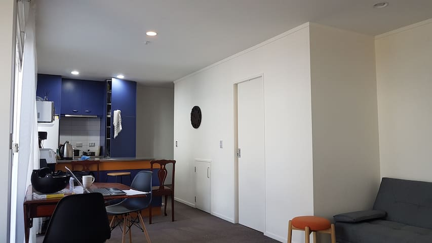Auckland Apartment