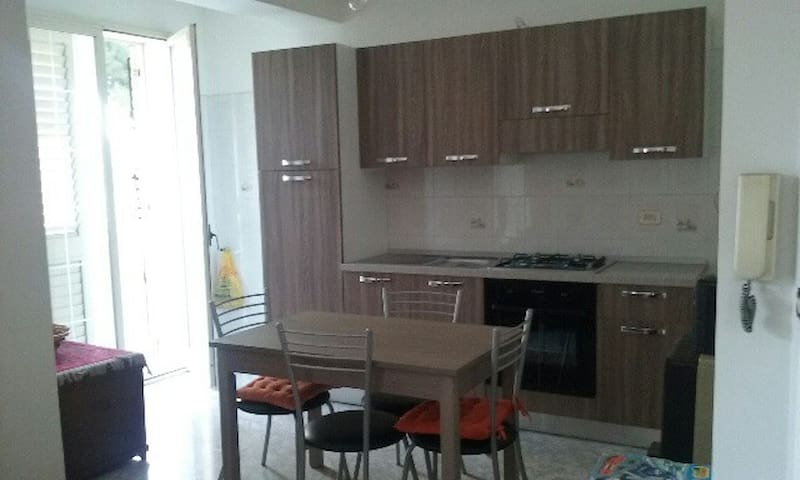 Appartamento luminoso al II piano - Furci Siculo - Appartement