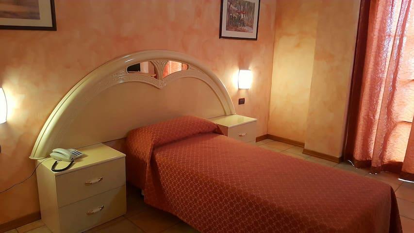 Stanza singola - Leno - Bed & Breakfast