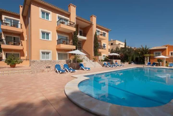 Pool apartment in Cala S Vicente, 539