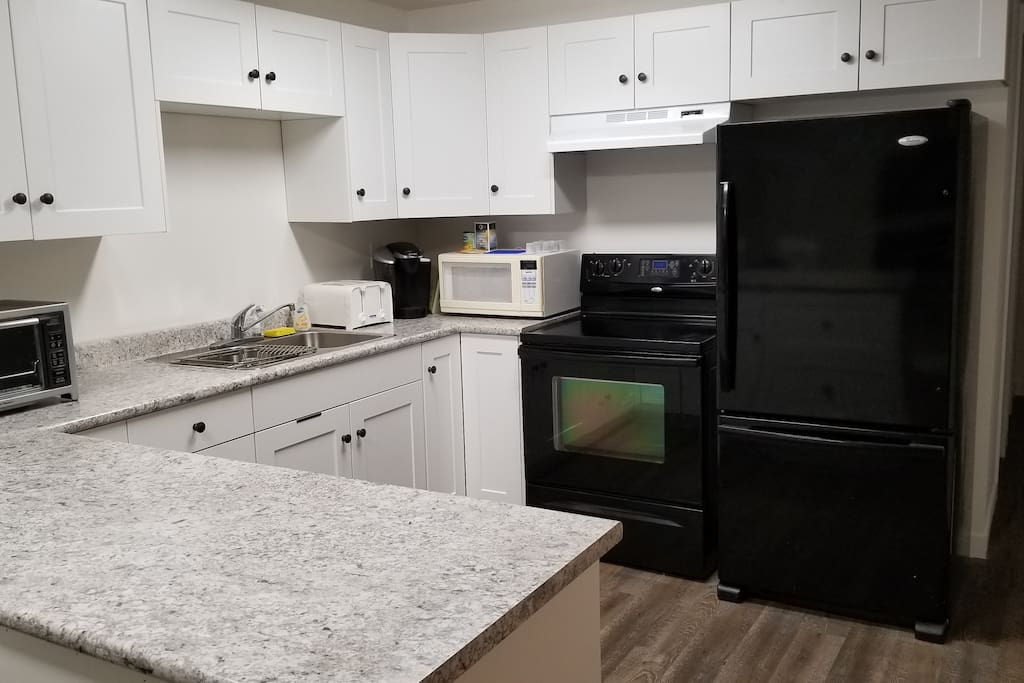 Fully equipped, brand new kitchen