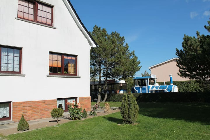 Comfortable Apartment in Kühlungsborn with Parking