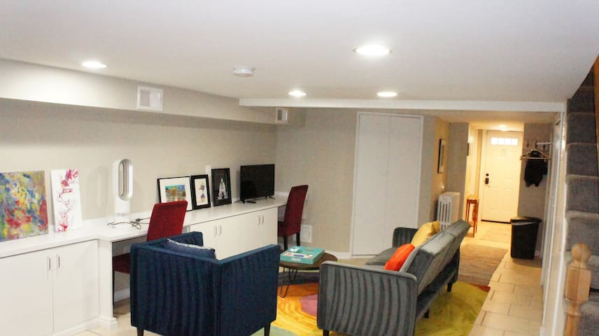 Discover DC from a private studio apartment!