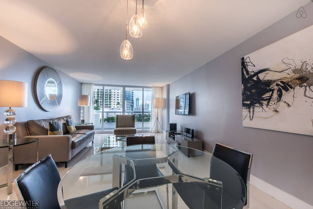 """The Grand 1249 