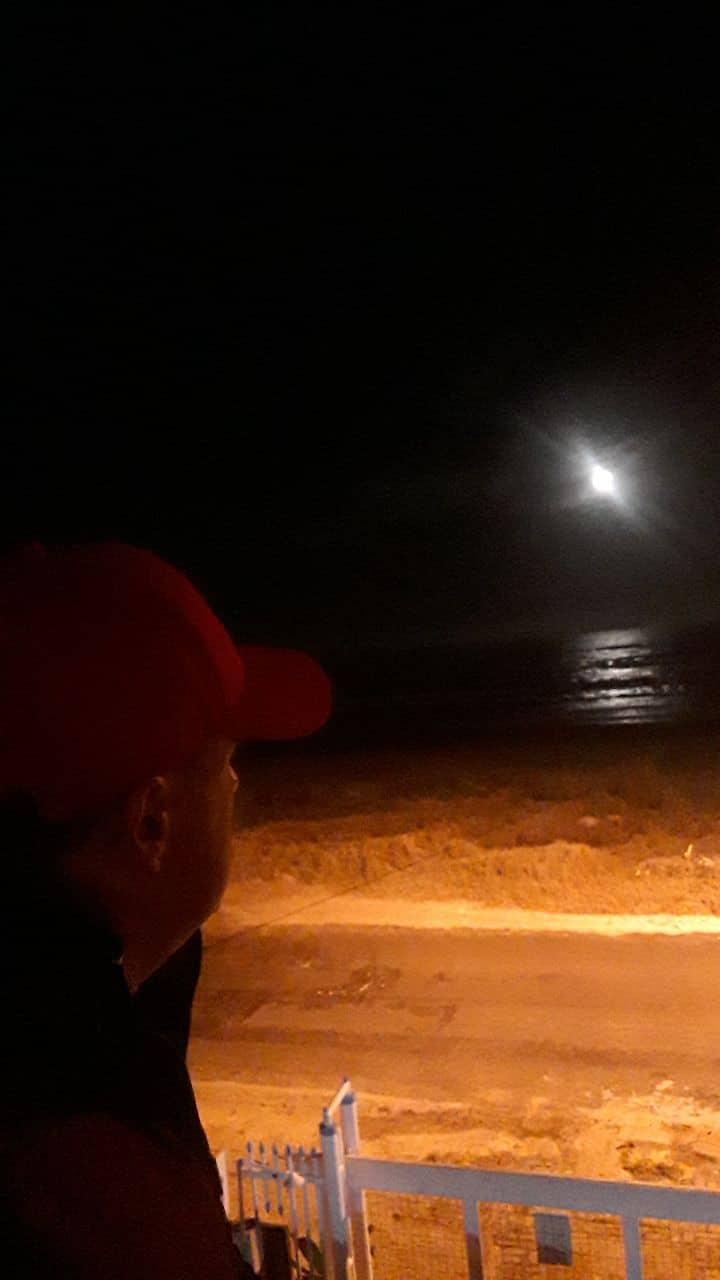 Sobrado Beira Mar, Pé na areia. Duas suites.
