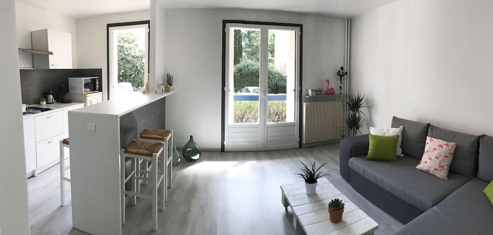 Studio sympa (en résidence+parking) proche centre - Montpellier - Apartament