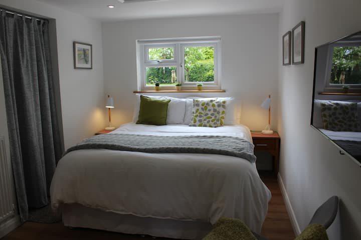 Collis Annexe- Independent King Size Ensuite