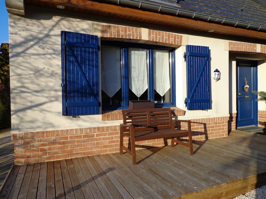 Terrasse face au logement (2)