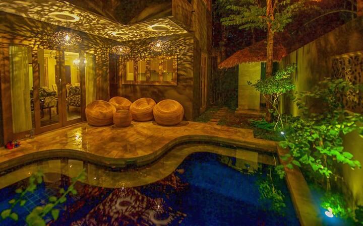 Luxury room #3 in a beautiful Senggigi villa