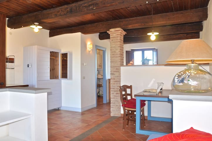 Apartment in countryside in central Italy