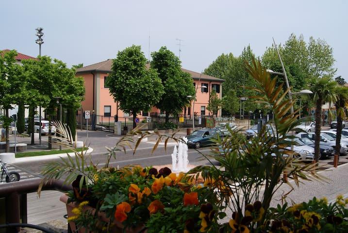 La Rosa in centro a Lugana di Sirmione - Sirmione - Apartamento