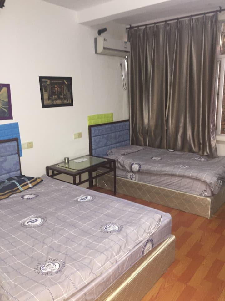 家庭房210