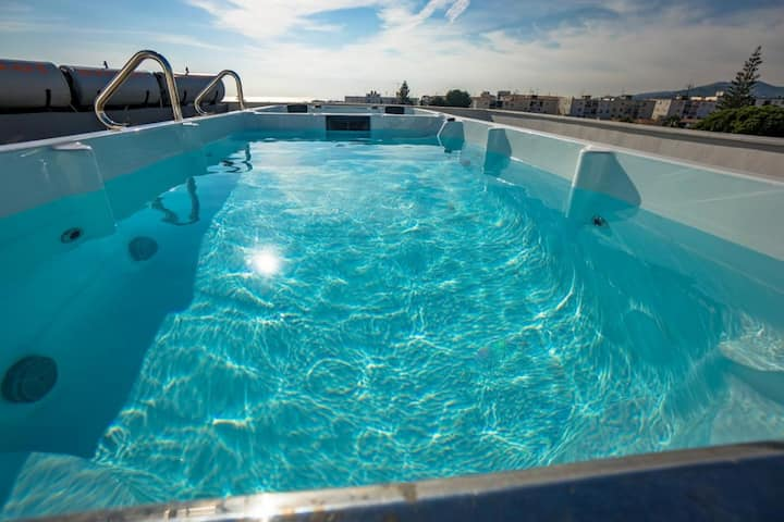 Bella Vista 2 Bedrooms/2 Bath with jacuzzi Nerja
