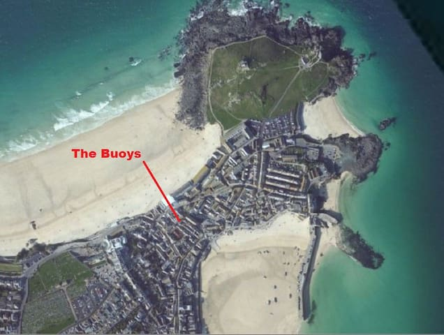 2 bed cottage, parking, courtyard, 50m Beaches ! - St Ives - Casa
