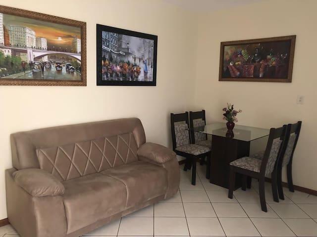 Apartamento 2 quartos (4 pessoas) em Assis