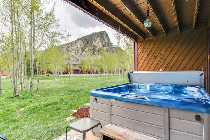 Frisco - Private Hot Tub - Close to Main Street
