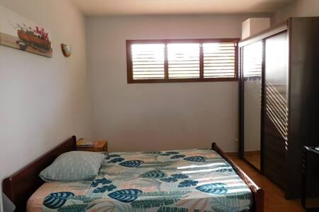 Chambre spacieuse & Sdb privés, proche plages