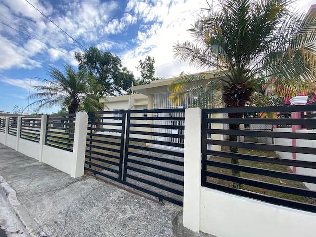 Casa con vista a las montañas en Bonao